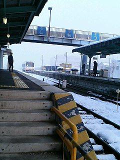 雪の常総線快速7:03守谷行き